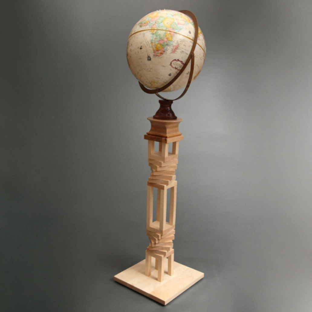 handmade-wood-globe-stand-maple-bubinga